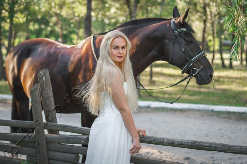 Отдых в Украине вместе с конным клубом «Феррари»