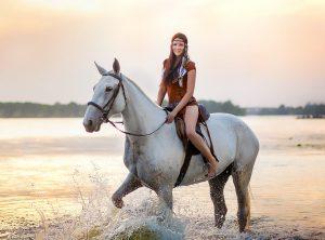 Летние прогулки на лошадях